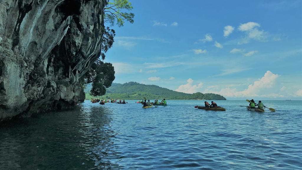 by motorbike to Thalane bay kayaking krabi thailand