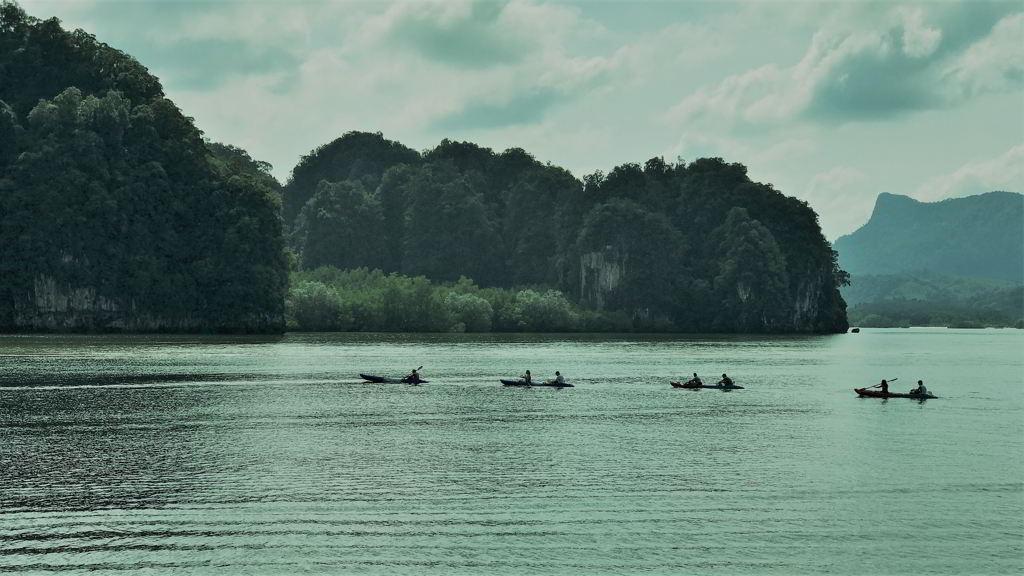 kayaking in krabi thailand Ao Thalane