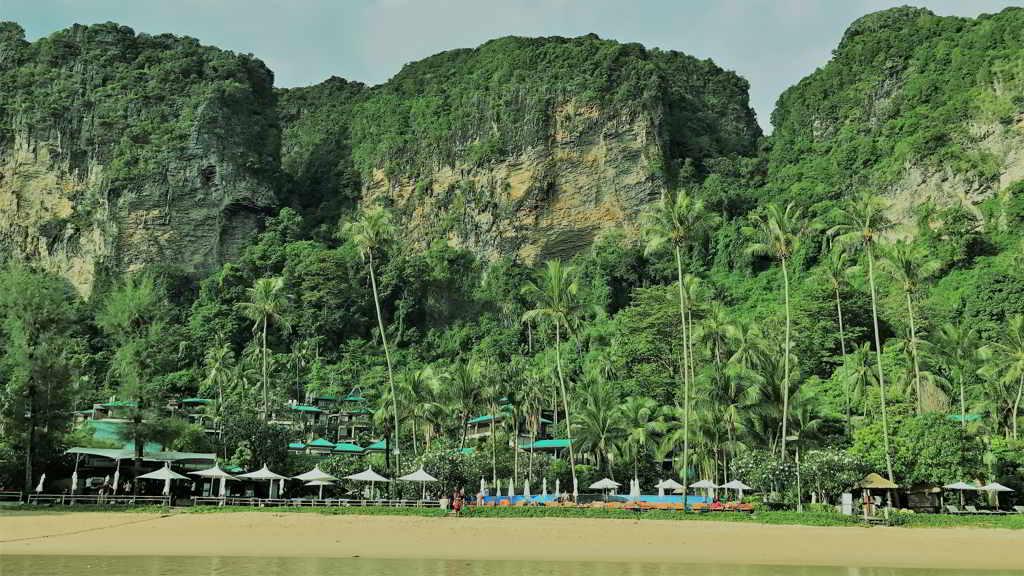 krabi beach Pai Plong Beach