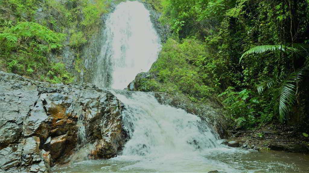 Khao Phanombencha National Park Krabi
