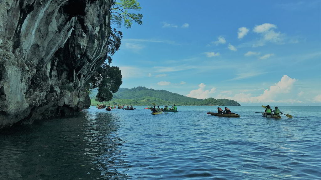 by motorbike to Thalane bay kayaking krabi thailand
