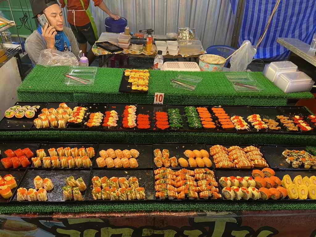 night market aonang krabi